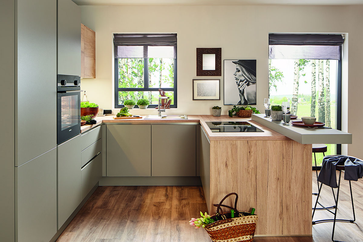 Küche in Neubau